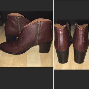 Nora Zip Short Boot